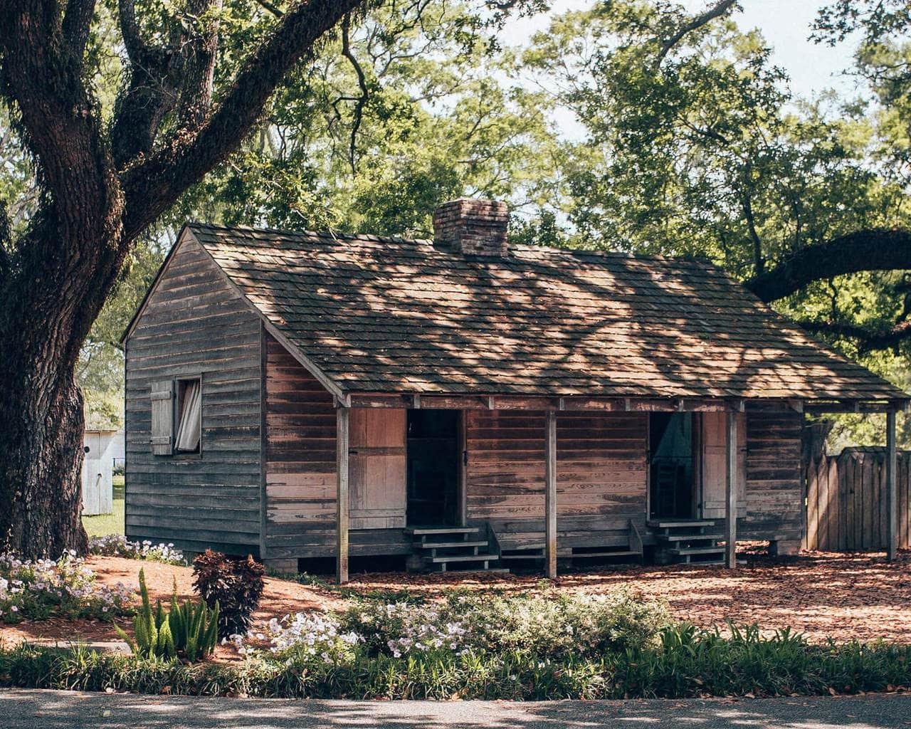 A rebuilt slave cabin at Oak Alley Plantation in New Orleans