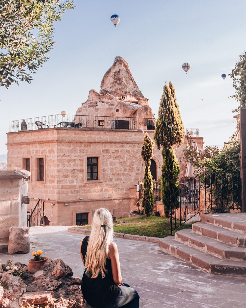 Cappadocia Cave Suites is perfect for sunrise views and so beautiful inside and out. Click for a guide to Cappadocia's must see locations and most Instagramable places.