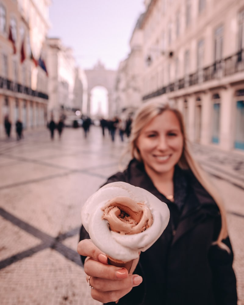 Rose gelato in Lisbon from Amorino Baixa on Rua Augusta. Find the most Instagrammable places (and food) in Lisbon here!