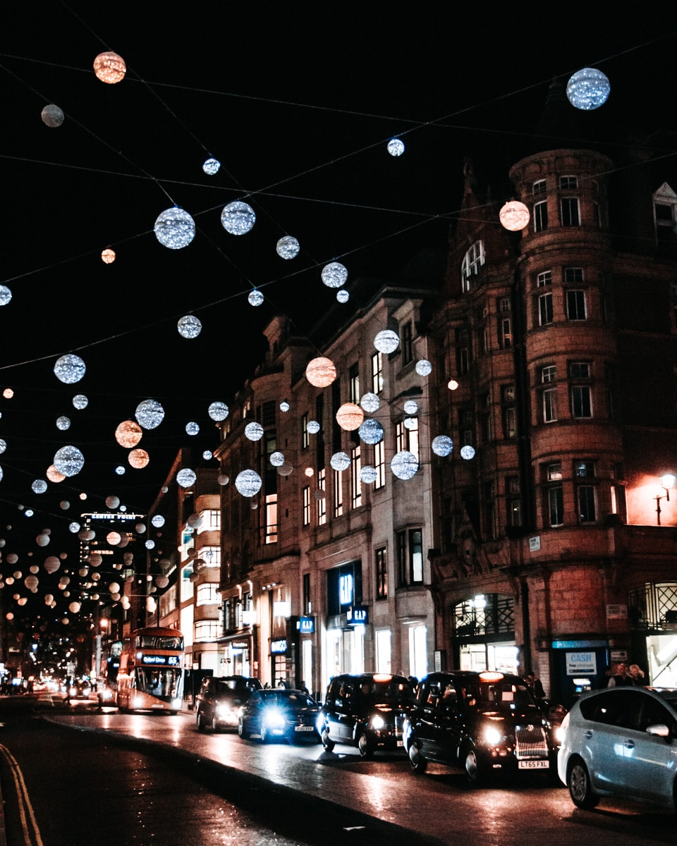 Oxford Street is one of the prettiest streets in London at Christmas. Find all the best London Christmas decorations here with a free map to help you plan your Christmas in London.