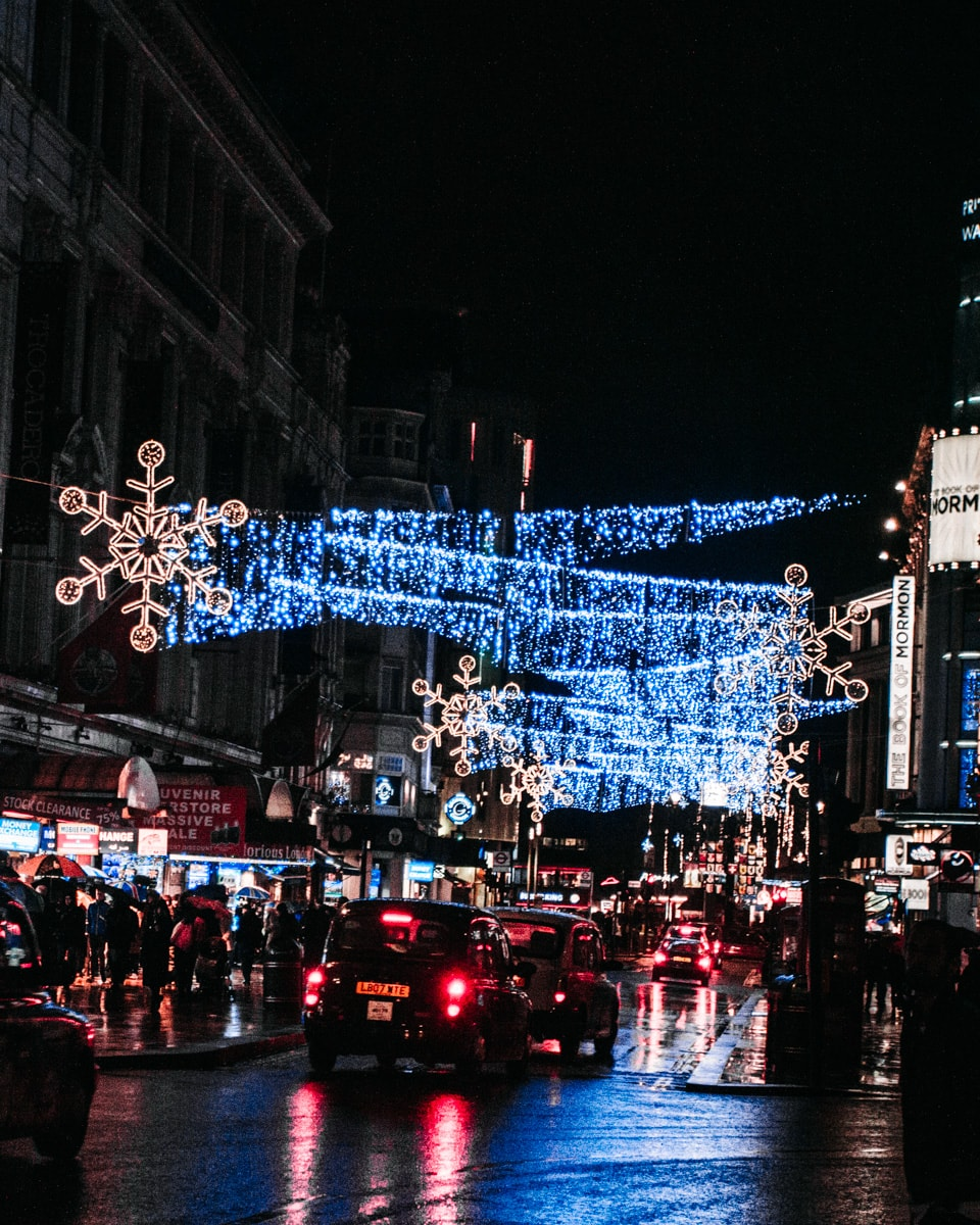 Christmas lights in London are some of the best in the world. Find all the best spots to see Christmas lights in London here (plus a free map!)