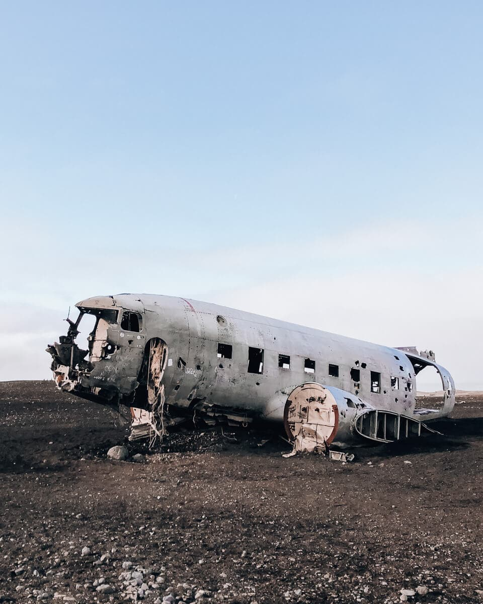 The abandoned plane in Iceland