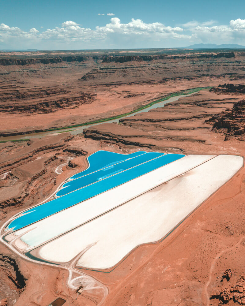 bright blue pools in utah
